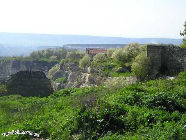 Украина  Крым  Чуфут-Кале  вид на чуфут-кале