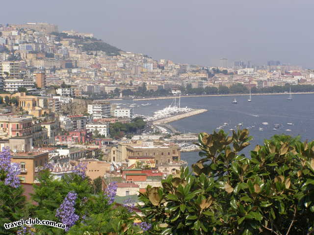 Италия  Неаполь-набережная