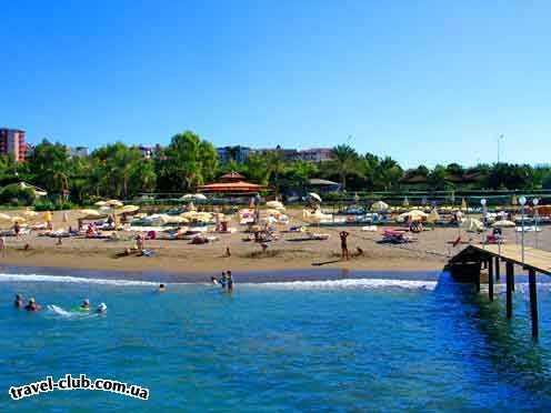 Турция  Алания  Club gunes gardens 3*  Вид на пляж отеля.