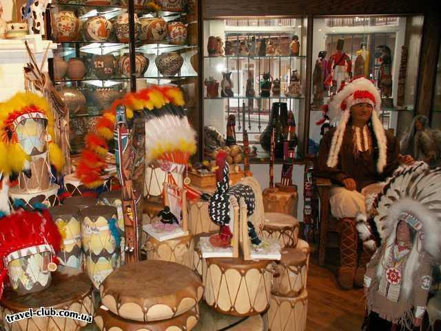 США  New Mexico  Альбукерк  А вот так эти сувенирные магазины выглядят изнутри