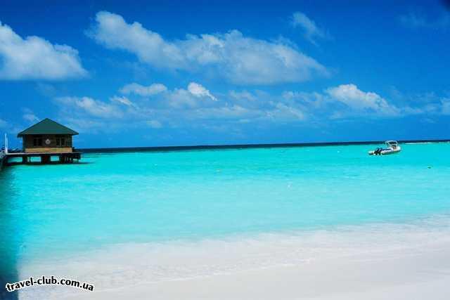 Мальдивские о-ва  Вид в полдень с о.Мидуппару на пристань