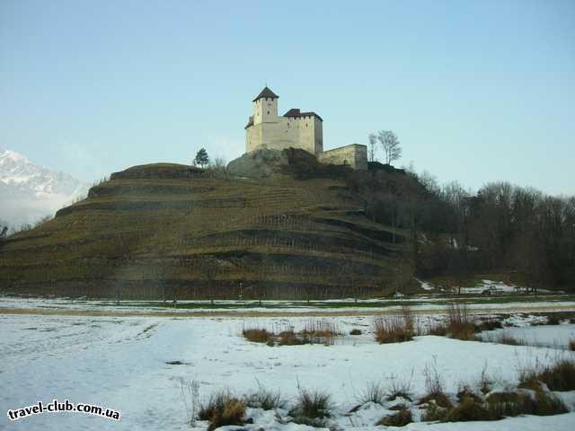 Лихтенштейн  Balzers, замок Gutenberg (13в).