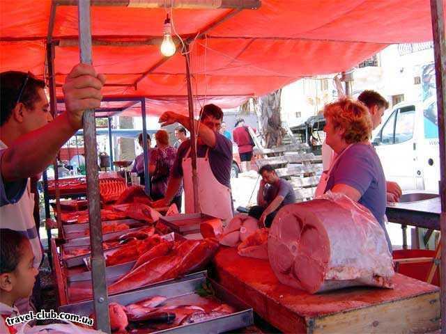 Мальта  Воскресный рынок в Марсашлок