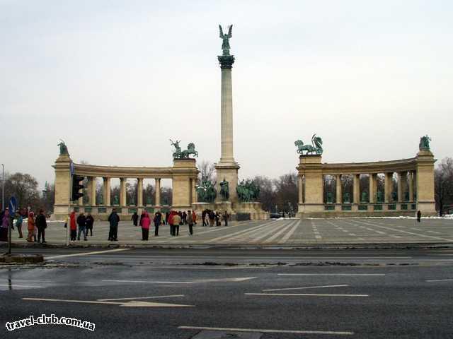 Венгрия  Будапешт  Платанус ***  Площадь Героев. 06/03/2006