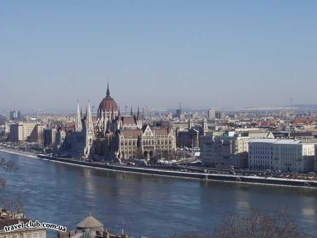 Венгрия  Будапешт  Платанус ***  Вид на Пешт из Буды (от королевского дворца). 07/03/2006