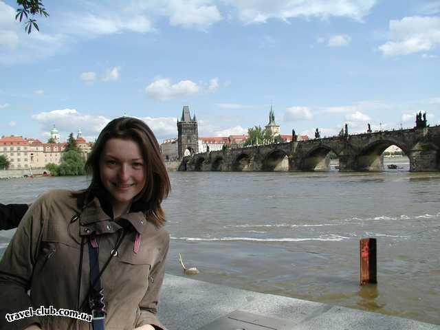Чехия  Прага  Орлик  Прага: вид на Карлов мост с набережной