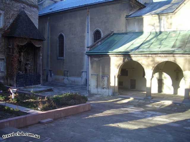 Украина  Львов  Grand Hotel****  Армянская церковь
