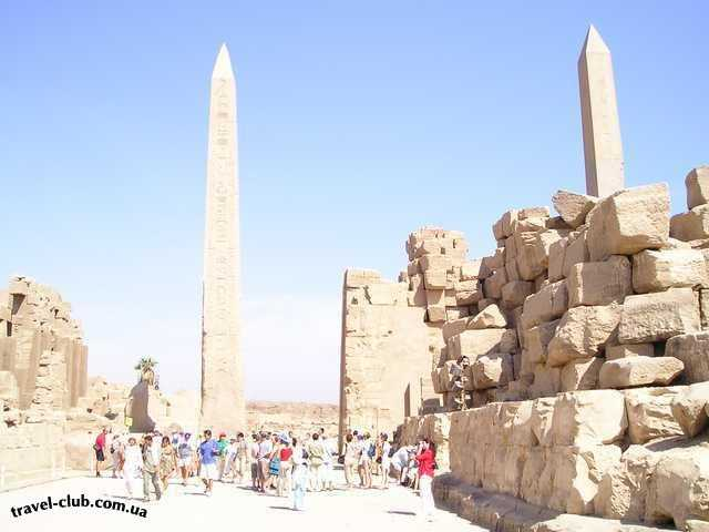 Египет  Достопримечательности  Карнакский храм (Луксор)  Одна из самых высоких стелл