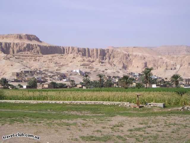 Египет  Достопримечательности  Долина царей (Луксор)  Общий вид в направлении долины