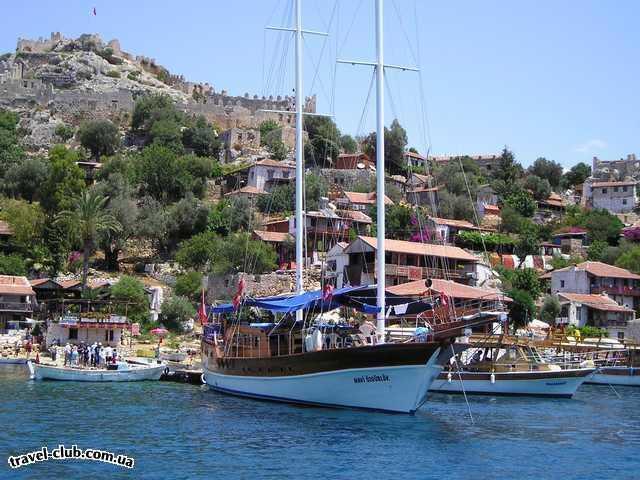 Турция  Экскурсии  Мира-Кекова  Яхты приплывают со всего мира, эта с США