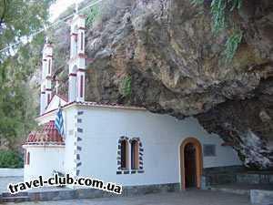 Греция  Крит, Ираклион  церквушка в горе